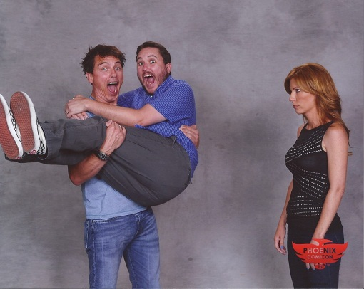 John-Barrowman-Sweeps-Wil-Wheaton-off-his-feet-1024x816