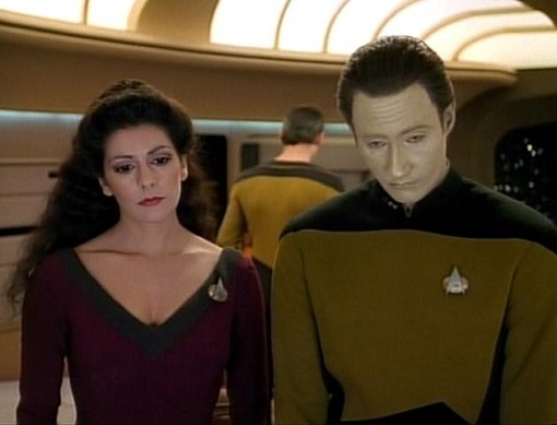 629px-Troi_and_Data_research_Danar