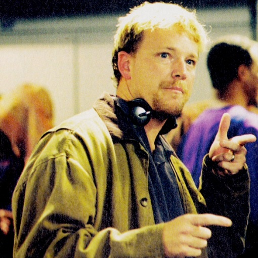 Robert_Duncan_McNeill_directing_Cold_Front